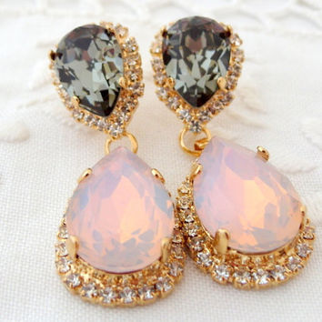 Pink blush opal and smokey gray Chandelier earrings, Bridal earrings, Dangle earrings, Drop earrings, Weddings jewelry, Swarovski earrings