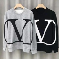 Valentino sells fashionable casual sweater with large printed round collar and long sleeves