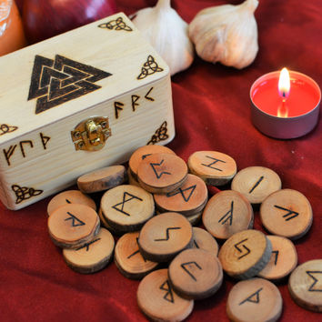 Viking Rune Set + Valknut Box Elder Futhark Runes Odin Chest Norse Runes Asatru Wooden Runes Norse Mythology Wicca Pagan