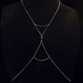 body chain with faceted glass beads and hourglass shaped chain detail // gunmetal toned chain