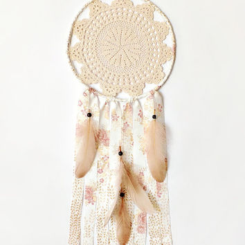 Boho dream catcher crochet doily, lace, wall decoration cream, pink, crochet dreamcatcher, large, unique, handmade, home decor, bedroom
