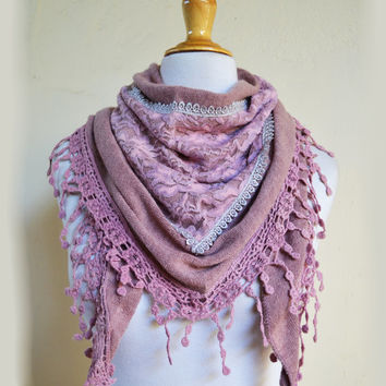 """Scarf """"Verena"""" in ANTIQUE ROSE with rich lace edge - scarflette cowl neckwarmer - womens accessories"""