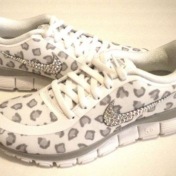 Cheetah Nike Free Run 5.0 V4 Print Shoes - White / Wolf Grey / Pure Platinum - Bedazzled with 100% Authentic Crystals from Swarovski