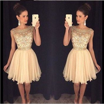 Exquisite Handmade Beading Cocktail Dresses vestido de festa curto Scalloped Neck Cap Sleeves Chiffon Short Homecoming Gowns
