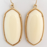 Alle Earrings In Cream
