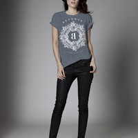 CREST VERSAILLES BURNOUT TEE - Apparel
