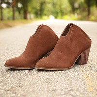 Kelso Ankle Bootie in Chocolate