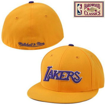 Mitchell & Ness Los Angeles Lakers Hardwood Classics Alternate Logo Fitted Hat