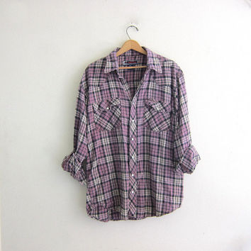 Vintage Plaid Flannel / Grunge Shirt / purple pearl snap shirt / oversized and baggy