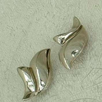 Givenchy Feather Style Tulip Silvertone Clip On Earrings Vintage Jewelry