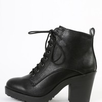 Leatherette Lace Up Lug Sole Ankle Boots | MakeMeChic.com
