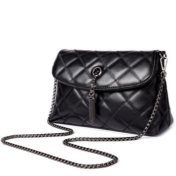 Diamond Lattice Quilted Leather Shoulder Bags