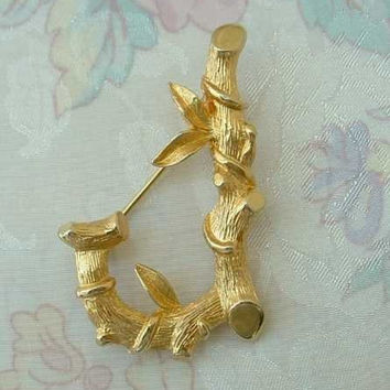 Sarah Coventry LETTER J 1960s Brooch Pin