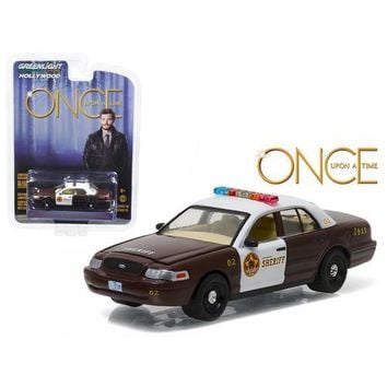 "Sheriff Graham's 2005 Ford Crown Victoria Police Interceptor ""Storybrooke"" Once Upon a Time (2011-Current) TV Series  1/64 Diecast Model Car  by Greenlight"