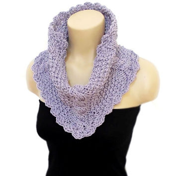 ON SALE, Scarf, Knitted Infinity Scarf, Knit Chunky Circle Infinity Scarf, Lilac, Cowl, Knit Cowl, Chunky Knitted Cowl in Blue, 2014 fashion
