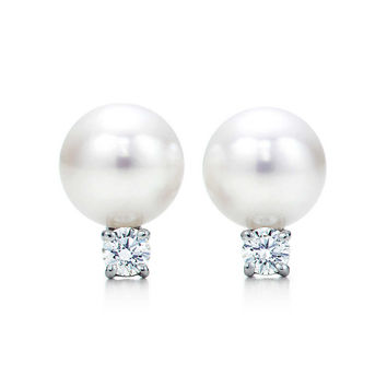 Tiffany & Co. - Tiffany Signature™:Pearl Earrings