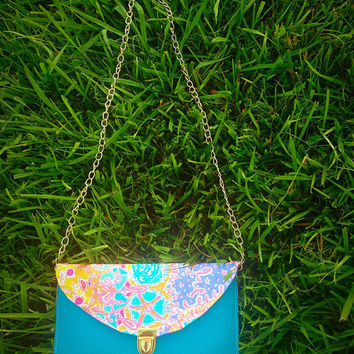 Written In The Sun Lilly Pulitzer fabric Crossbody purse with detachable gold chain