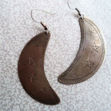 Crescent moon earrings/ vintage silver moon and stars earrings/ metal stamped stars and moon earrings/ bohemian boho jewelry
