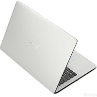 ASUS X552EA-SX Laptop 15.6in Windows 8 in SPANISH OS White