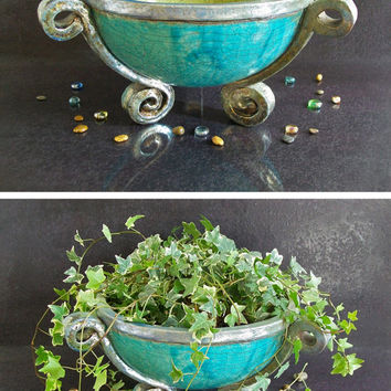 Big ceramic bowl cauldron - big ceramic planter - big fruit stand - Tripod of Neptune