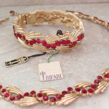 Red Rhinestone Set Trifari Necklace Clamper Bracelet Gold Tone Spray Adjustable Vintage 082314GL