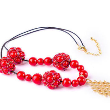 Free shipping red women necklace Boho necklace Beaded necklace Red jewelry Lovely necklace
