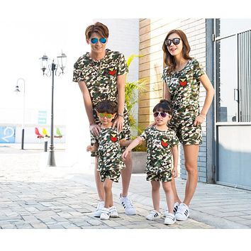 New Family Clothing Sets Family Matching Clothes Mens Women Kids Camouflage T shirt Shorts Summer Holiday Suit
