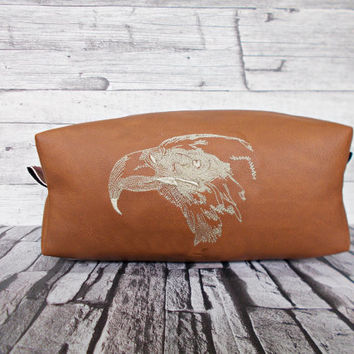 dopp kit, mens toiletry bag, eagle, cosmetic pouch, groomsman gift, bird, shaving bag, travel set, vegan leather, rustic, wash bag, brown,