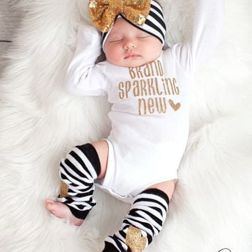 508a085f36f14 baby girl coming home outfit, baby girl, newborn girl, going home outfit,