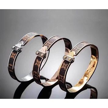 LV Woman Fashion Print Plated Bracelet