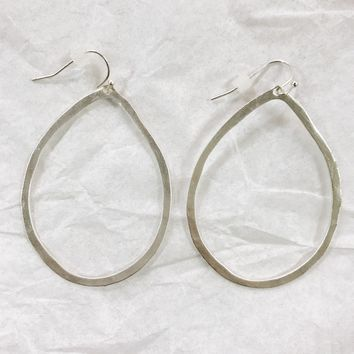 Silver Hammered Oval Earring