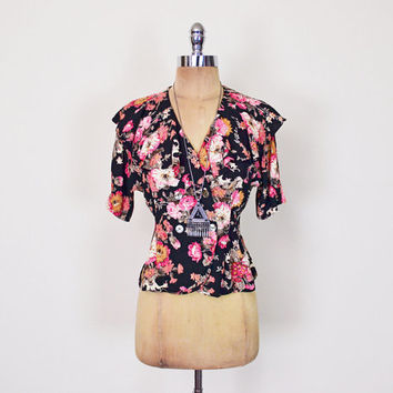 Pink & Black Floral Blouse Top Shirt 90s Floral Print Blouse Ruffle Blouse Ruffle Collar Blouse Rayon Gauze 90s Grunge Gypsy XS Extra Small