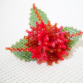 Red flower brooch pin in the colours red, green and gold, red brooch pin, seed bead brooch, beaded brooch, beaded jewelry, red jewelry