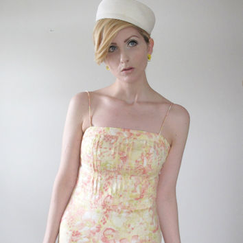 Vintage Floral Sundress - Anne Taylor, pale yellow & peach linen. PERFECT SUMMER DRESS.