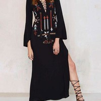 Lace Up Embroidery Long Sleeve Maxi Dress