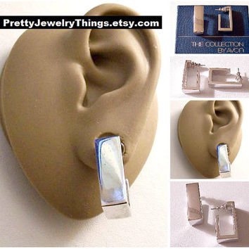 Square Hoops Pierced Post Stud Earings Silver Tone Vintage Avon 1976 Geometric Collection Wide Polished Band Open Dangles