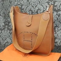 Rise-on HERMES Evelyne PM Brown Leather Cross Body Bag Shoulder Bag #113
