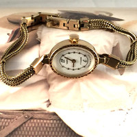 "Beautiful Vintage mini women's wristwatch ""SEAGULL"" (""Chaika"").Gorgeous tiny, gold plated oval women's watch!"