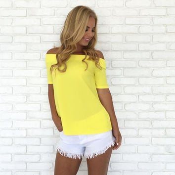 Sleek & Chic Blouse In Yellow