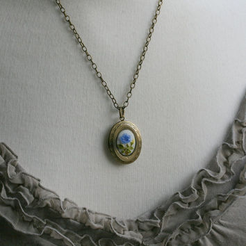 Oval Locket Necklace, Cameo Necklace,  Cameo Locket, Vintage Style Necklace ,Blue, Flower Locket - Forget me Not