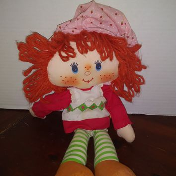 vintage 1980 strawberry shortcake rag doll plush