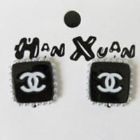 CHANEL New Fashion More Pearl Square Earrings Accessories Women Black