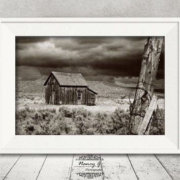 Rustic Ranch Print, Ranch House, Rustic Decor, Montana, Western Decor, Living Room Art, Western Gift, Travel Photography, Old West Print