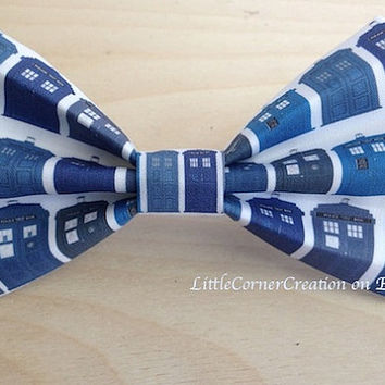 TARDIS. Police box.Mens Bow Tie,Dr Who, Bow Tie,Boys Bow Tie,Girls Hair Bow,Geeky Chic,Wedding Bow Tie