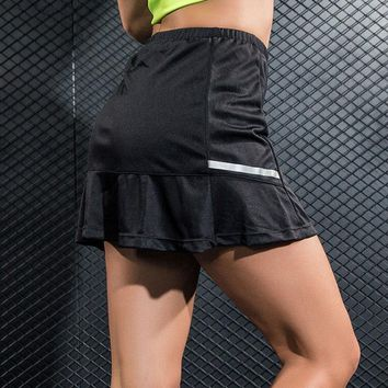 New Breathable Polyester Tennis Skorts Woman Pantskirt Anti-emptied Sports Skirts for Badminton Running Fitness 2 In 1