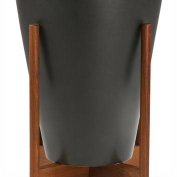 Case Study Ceramic Funnel With Wood Stand
