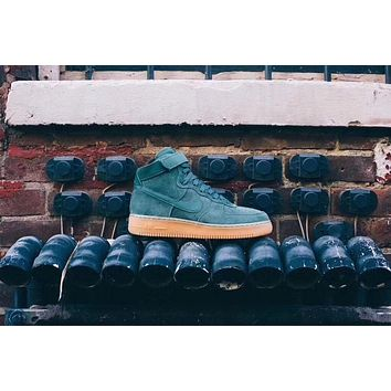 nike air force 1 high 07 lv8 suede vintage green gum aa1118 300