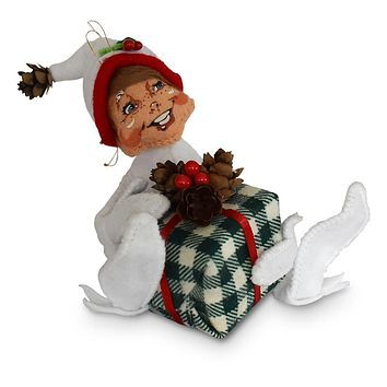Annalee Dolls 5in 2018 Christmas Northwoods Gift Elf Plush New with Tags