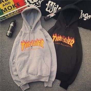 Thrasher 2017 autumn and winter flame hooded sweater fashion wild men and women couple hooded sweater