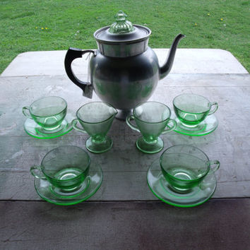 Vintage Depression Glass Coffee Set Coffee Pot Creamer Sugar 4 Cups And Saucers